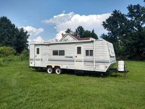 Coachman Cascade 2005 26' long for Sale in Belvidere, NC