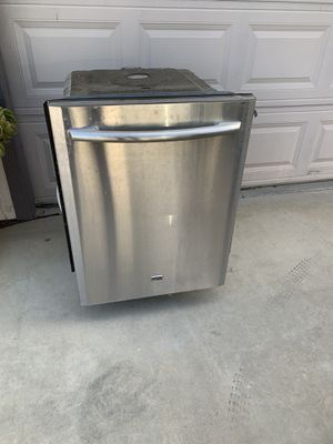 Broken Maytag dishwasher for Sale in Clovis, CA