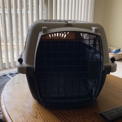 Dog Cage / Transporter for Sale in Columbia,  IL