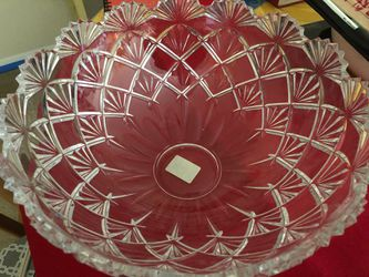 Brand new Mikasa crystal bowl and Crystal butter dish for Sale in Gaithersburg,  MD