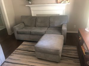 Couch (Sleeper) for Sale in Richmond, VA