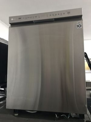 LG DISHWASHER STAINLESS STEEL for Sale in La Habra, CA