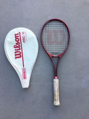 Tennis racket with cover for Sale in Dana Point, CA