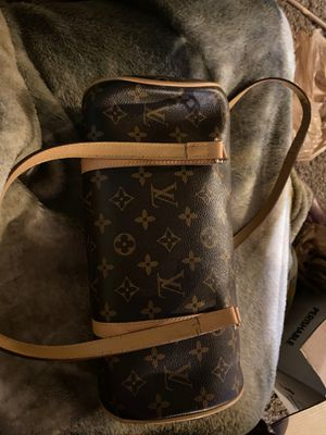 Louis Vuitton monogram papillon 26 bag for Sale in Tacoma, WA