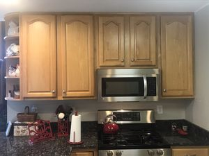 Solid maple Kitchen cabinets! Full set!! for Sale in Mount Airy, MD