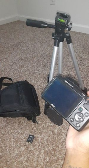 Camera, Camera Stand, Memory Card, Bag for Sale in Bloomington, IL