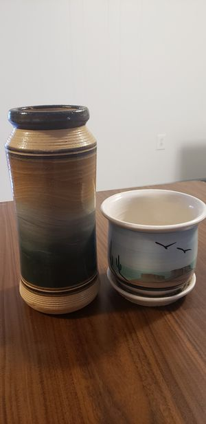 Southwest vase and flower pot for Sale in Bethesda, MD