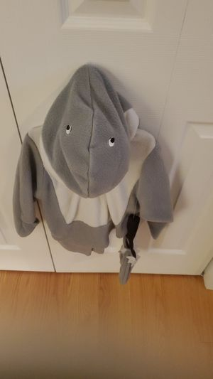 CARTER'S CHILDS SHARK HALLOWEEN COSTUME for Sale in Morris, CT