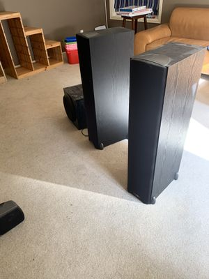 Klipsch Synergy F1 Floorstanding speakers (2) and C1 center channel for Sale in Woodinville, WA