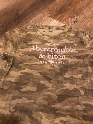 Size 7/8 Abercrombie Camo T-shirt pink embroidery for Sale in Houston, TX