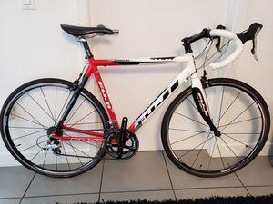 2015 Fuji Roubaix RC road bike - carbon fiber forks for Sale in San Diego, CA