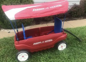 Radio flyer wagon with canopy for Sale in Herndon, VA