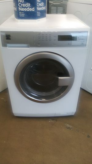 Kenmore front load washer apartment size for Sale in Belleville, IL