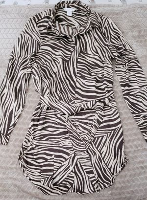 H&M Animal Print Shift Dress w/ Removable Belt for Sale in Carson, CA