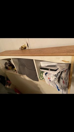 Bed header/ post for Sale in The Bronx, NY