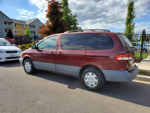 2001 Toyota sienna le limited for Sale in Vancouver, WA