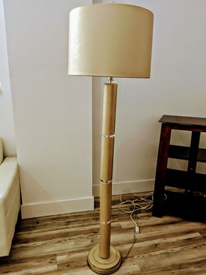 Gold floor lamp for Sale in Miami, FL