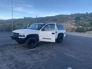2003 Chevy suburban for Sale in Cypress, CA