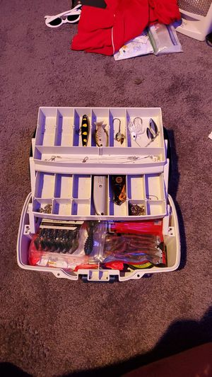 Filled bait tackle box for Sale in Menomonie, WI