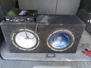 2subs,1amp with box for Sale in Fresno, CA