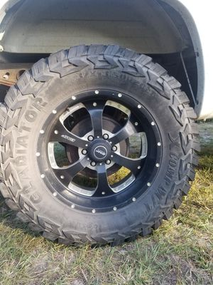 20' bmf rims and 37' GLADIATORS for Sale in Loris, SC