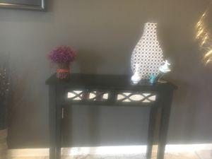 Black mirrored console table for Sale in Ashburn, VA