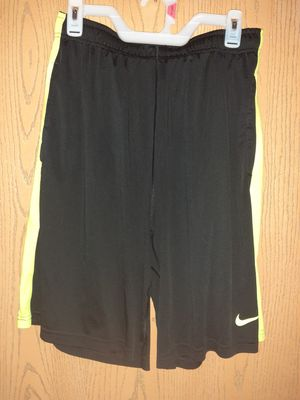 Men's Nike shorts sz large for Sale in Fayetteville, NC