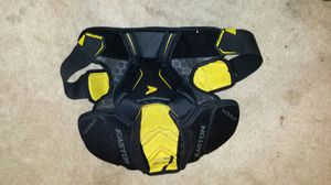 Easton Sr LG chest protector for Sale in West Palm Beach, FL