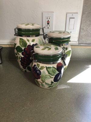 Very nice Fruit canisters for Sale in Whiteriver, AZ