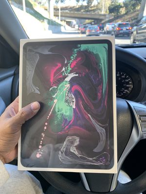 "Ipad Pro 11"" 256gb Cellular & WiFi Band New! Sealed PRICE FIRM for Sale in Los Angeles, CA"