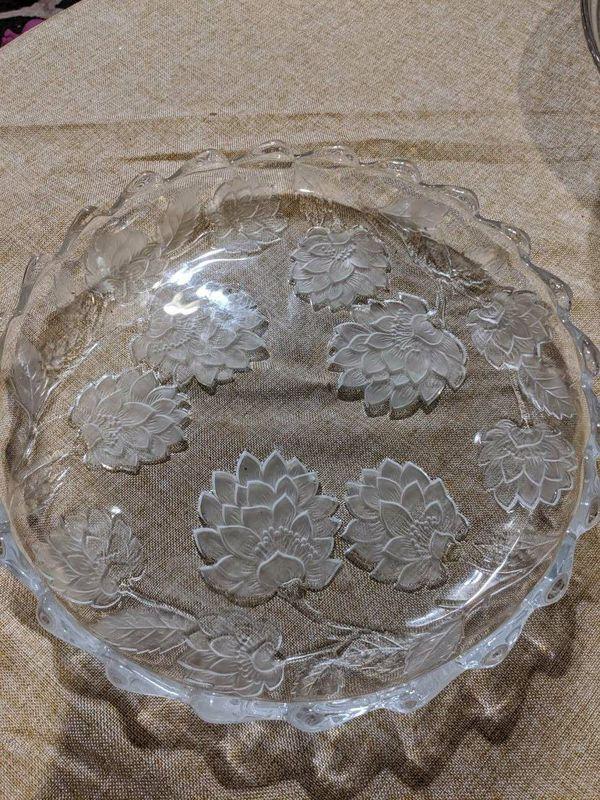 Glass party/cake trays