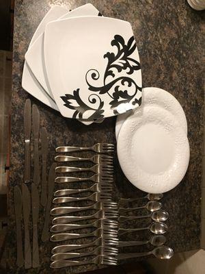 Silverware plate bundle for Sale in Rochester, WA