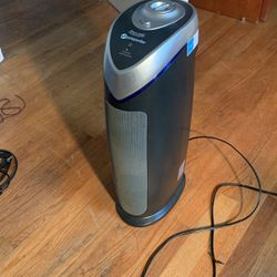 Germgaurdian Air Purifier for Sale in Fort Washington,  MD