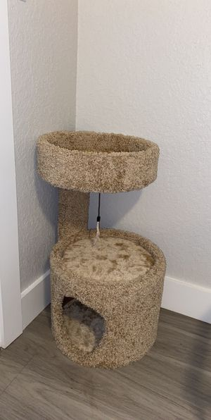 Cat tower for Sale in Riverview, FL