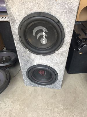 "2 SW10"" Massive subs & 1 Blade massive 1000.1 D class amp for Sale in Fresno, CA"