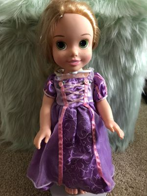 Rapunzel doll and LalaLoopsy lunch box for Sale in Davie, FL