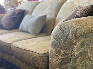 Vintage Broyhill Paisley Print Sofa for Sale in Merritt Island, FL