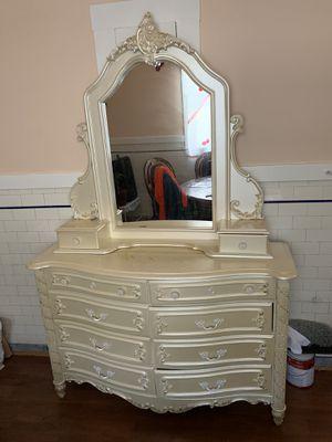 Vanity for Sale - Tocadora de venta for Sale in Daly City, CA