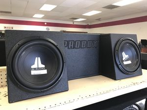 Pro box JL AUDIO (2) 12s for Sale in Austin, TX
