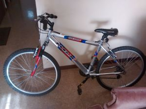 All chrome 21 speed Mongoose MGX just needs new seat and tires pumped up from sitting in storage for Sale in Lima, OH