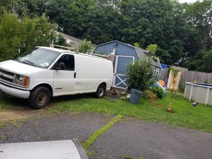 Chevy Express 2002 for Sale in Danbury, CT