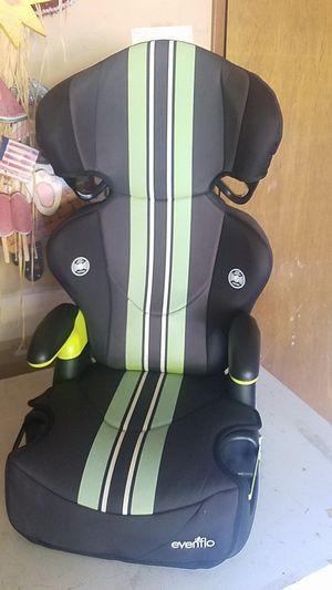 Evenflo Booster Seat for Sale in Mountlake Terrace, WA
