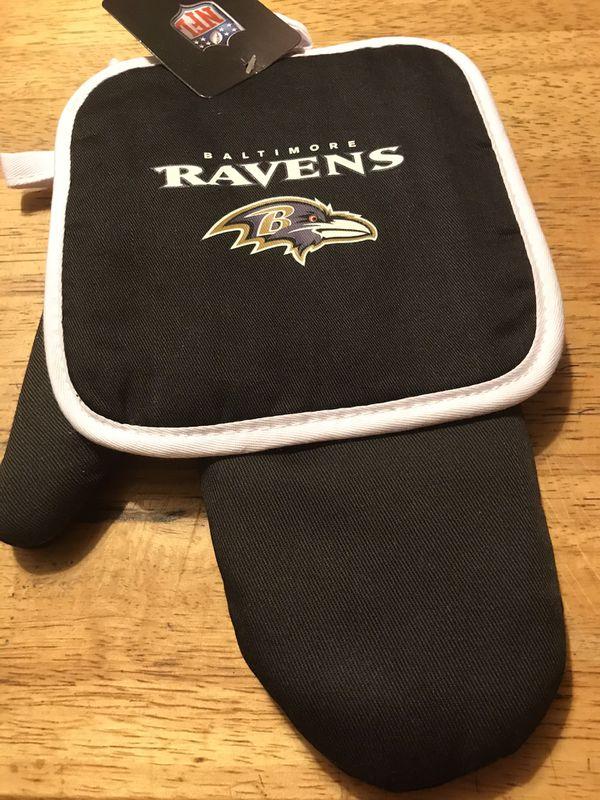 BRAND NEW NFL BALTIMORE RAVENS BUNDLE!!