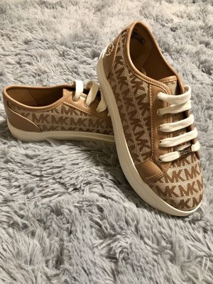Michael Kors Platform Castella Sneakers for Sale in Austin, TX