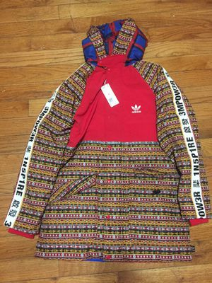 Adidas parka size medium for Sale in Queens, NY