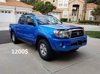 Stored Garage 2005 Toyota Tacoma 4WDWheelss Amazing🍁erwwb for Sale in San Bernardino,  CA