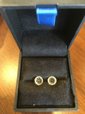 Black diamond 💎 Earrings for Sale in Chicago, IL