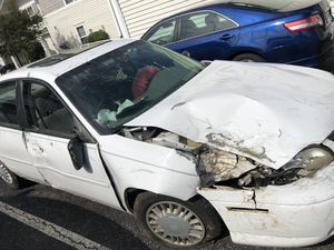 2001 Chevy Malibu FOR PARTS for Sale in Canal Winchester, OH