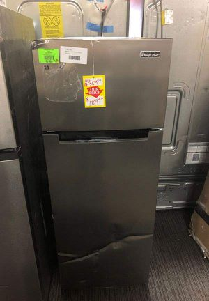 Magic Chef Top Freezer Refrigerator QI for Sale in Santa Ana, CA