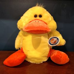 NEW! Adorable Fluffy Giant Baby Duckling - Perfect for Easter! 🐥 for Sale in Chamblee,  GA